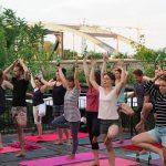 Pivska joga: Ovakav način vježbanja će vam se svidjeti i ako ne dižete ništa teže od kašike