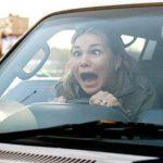 """Uvodi se naljepnica """"Ž"""" za žene u saobraćaju"""